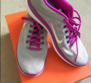 Nike woman flex run 41