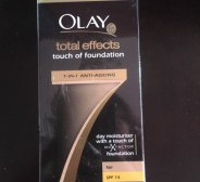 Uus Olay total effects touch of foundation