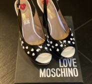 Love Moschino kingad nr.39